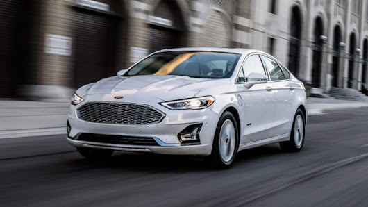 Sleeker, Smarter 2019 Fusion Is First Ford with Standard Ford Co-Pilot360 Driver-Assist Technology, Greater Plug-In Hybrid Range | Ford Media Center