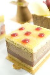 Raspberry Dotted Cake, Dessert Cirkus, Shinjuku Isetan