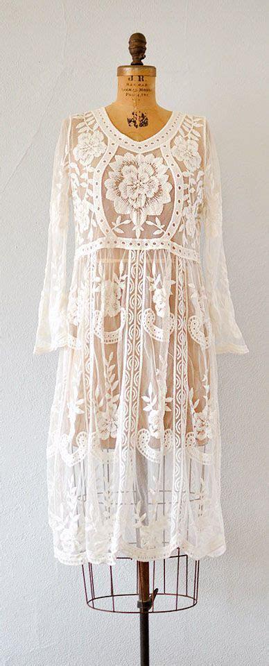 Best 25  Romantic dresses ideas on Pinterest   Bridal
