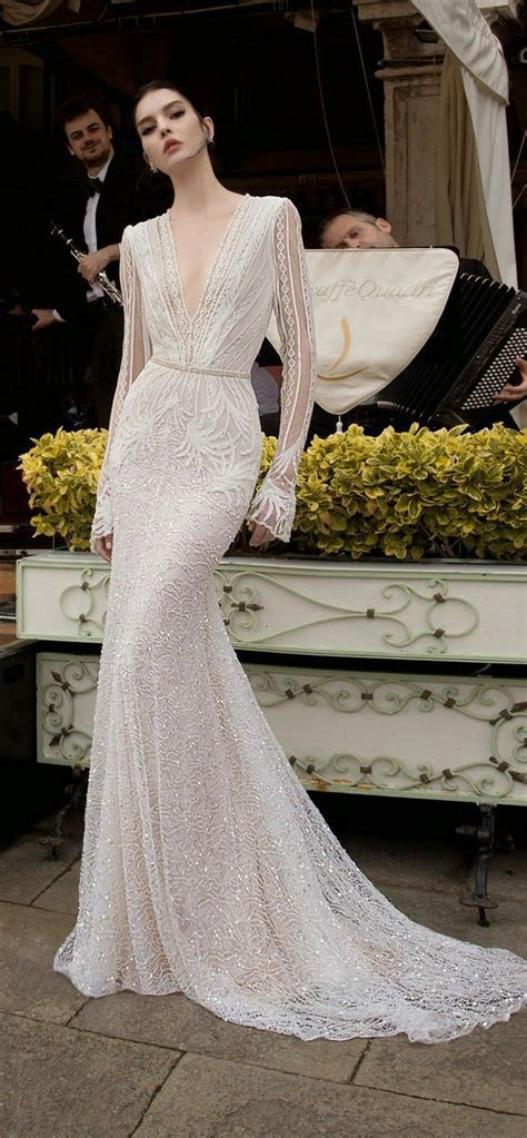 25  best ideas about Sleek wedding dress on Pinterest