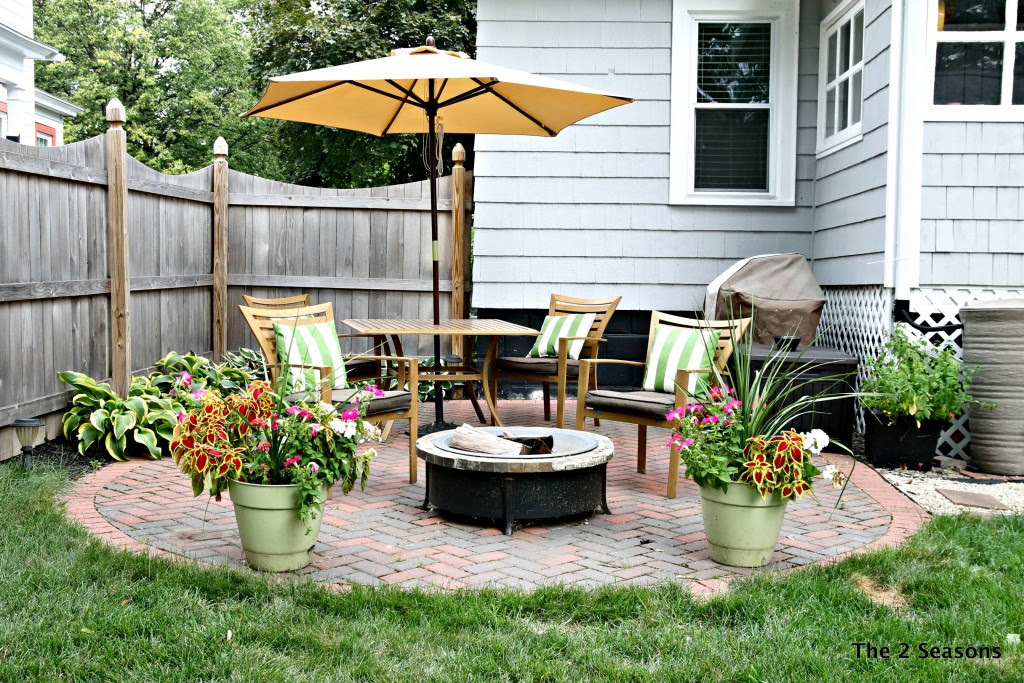 DIY Patio- The 2 Seasons