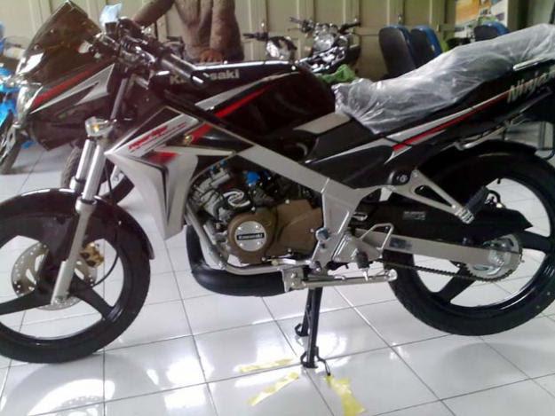 Kawasaki Ninja Rr 150 bikes Price and images gallery