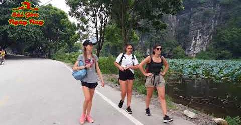 Đạp xe Travel Ninh Bình cùng du khách Quốc Tế khám phá vẻ đẹp làng quê Việt Nam