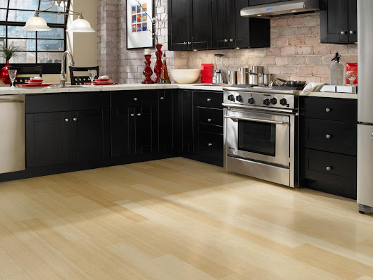 Guide to Choosing Laminate Flooring Color for Your Kitchen