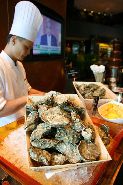 There are two kinds of oysters  - Canadian and French- freshly shucked on demand