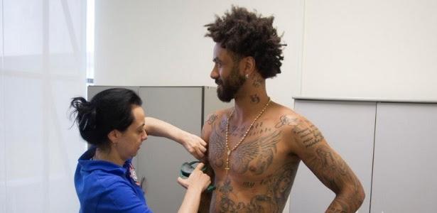 Cristian precisa de cuidados físicos para se juntar ao elenco do Corinthians em treinos
