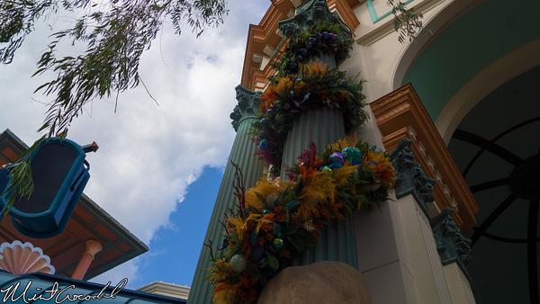 Disneyland Resort, Disney California Adventure, Paradise Pier, Little Mermaid, Ariel's Undersea Adventure, Christmas Time, Christmas, 2014, Garland, Seaweed