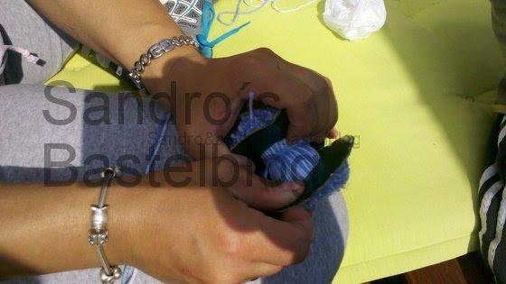 Bommel Monster aus Wollresten | Sandro´s Bastelblog