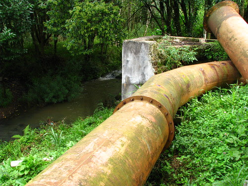 Tubos de alimentação da turbina de água