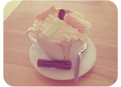 coffe white hot chocolate