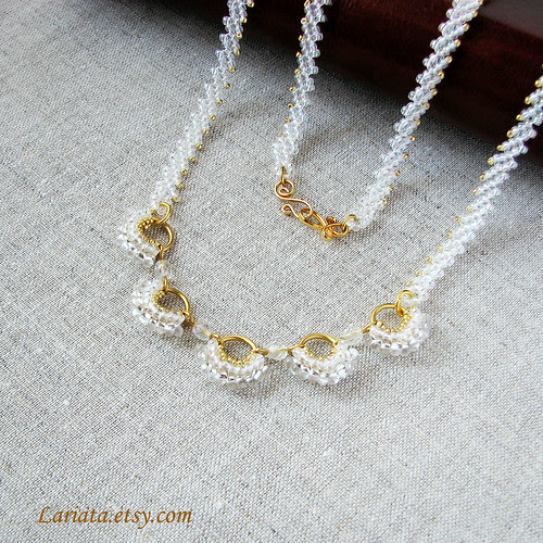 bridal or wedding necklace Dancing Fan