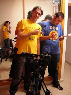 (I a D) Un servidor, Alberto y Carlos en un momento del rodaje