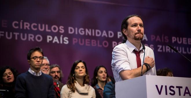 El líder de Podemos, Pablo Iglesias, en el escenario tras la proclamación de los resultados de las votaciones de la Asamblea Ciudadana Estatal de Vistalegre II. JAIRO VARGAS