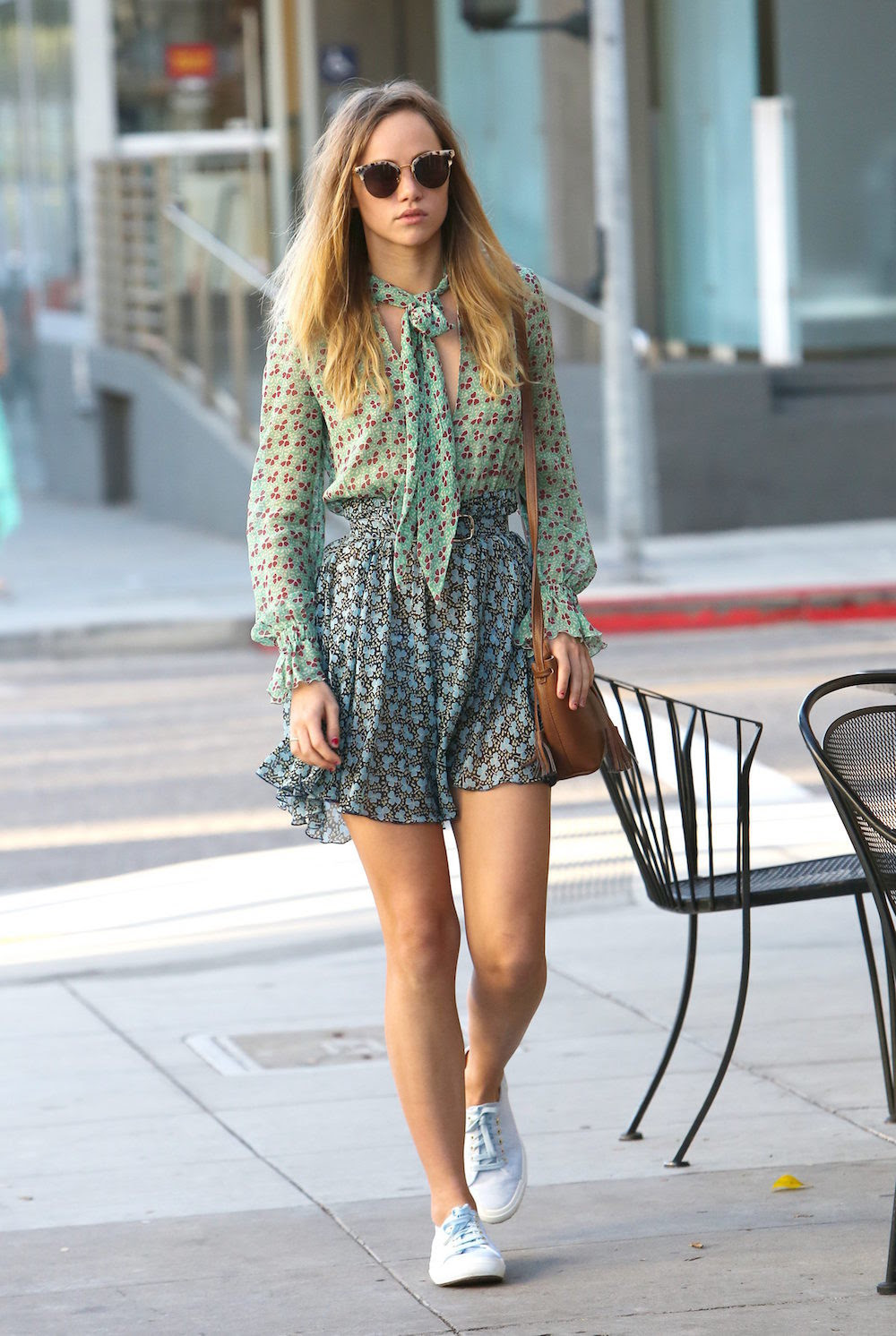 Suki Waterhouse Con Look Primaveral