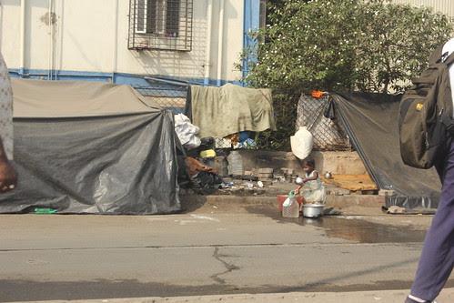 Street Slums On Mumbai Highway - Jeete Hain Shanse ..Aitbar Aur Imanse by firoze shakir photographerno1