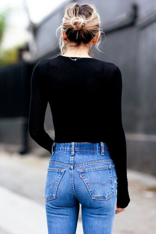 1 Le Fashion Blog Shots That Prove Levis Make Your Butt Look Amazing Good Top Knot Black Shirt Jeans Via The Fashion Sight
