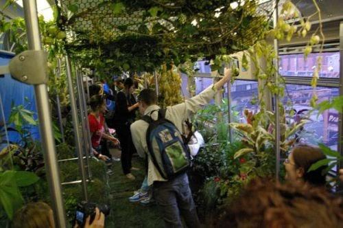 Geek art gallery installation mobile garden for Software progettazione giardini 3d free