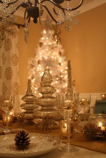 Decorating My Dining Room for Christmas