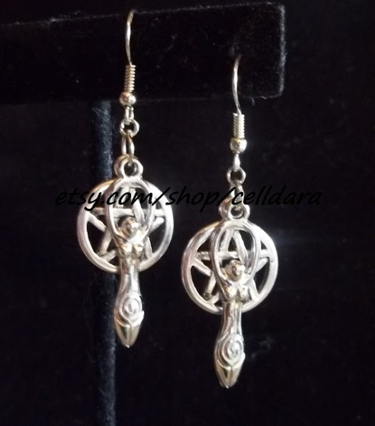 Witch's Goddess Earrings by CellDara on Etsy