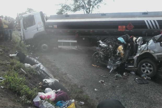 Acidente aconteceu nesta madrugada. Foto: Roberto Silva/Rádio São Domingos/Divulgação