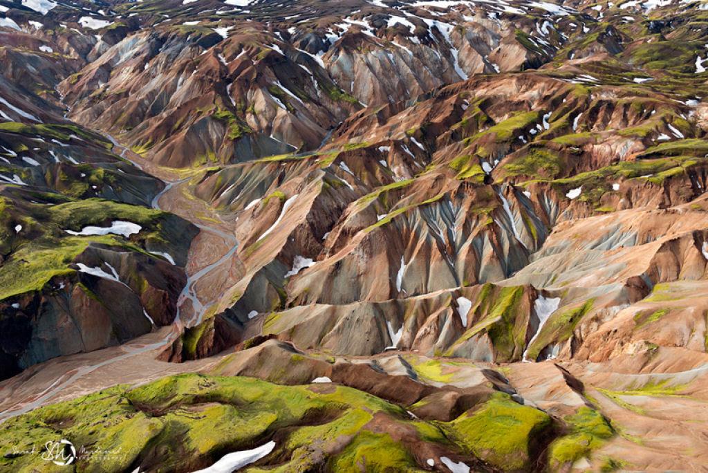 Impressionantes fotos aéreas das paisagens da Islândia 10