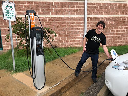 "Austin Energy Brings Its ""EVs Are For EVeryone"" Campaign To Area Schools 