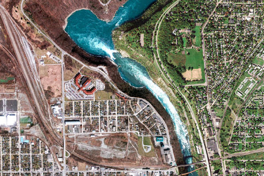 Niagara Falls, Canada – Earth View from Google
