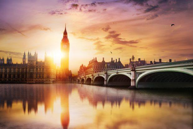 sunset-in-london-uk