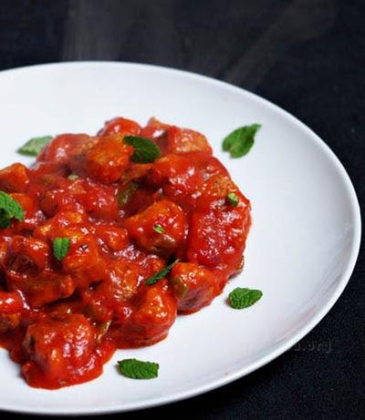 Soja con tomate
