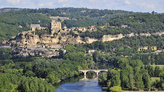 Camping In The Dordogne - Camping Holiday Parks