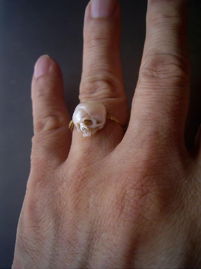 carved-pearl-skulls-vanitas-shinji-nakaba-36