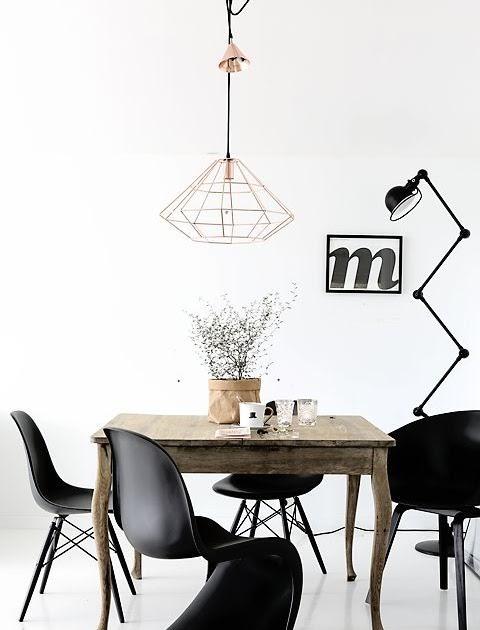 regardsetmaisons: Table rustique et chaises design