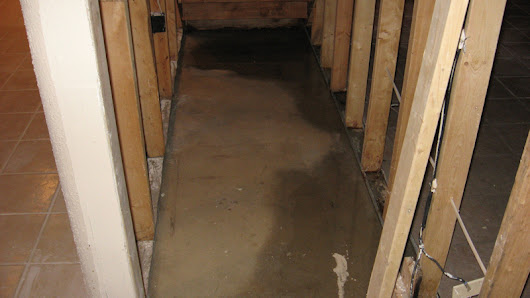 Tips for Maintaining a Dry Basement in Milwaukee | Accurate Basement Repair