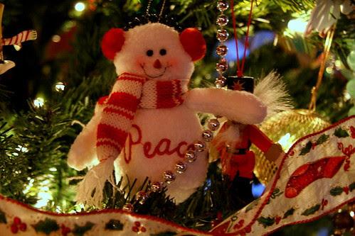 Peace snowman