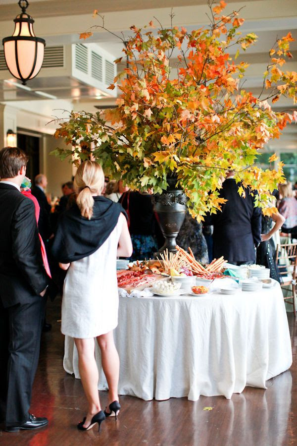 Bigger is better arrangement. Great to have buffet for Thanksgiving. Makes it easy on Hosts.