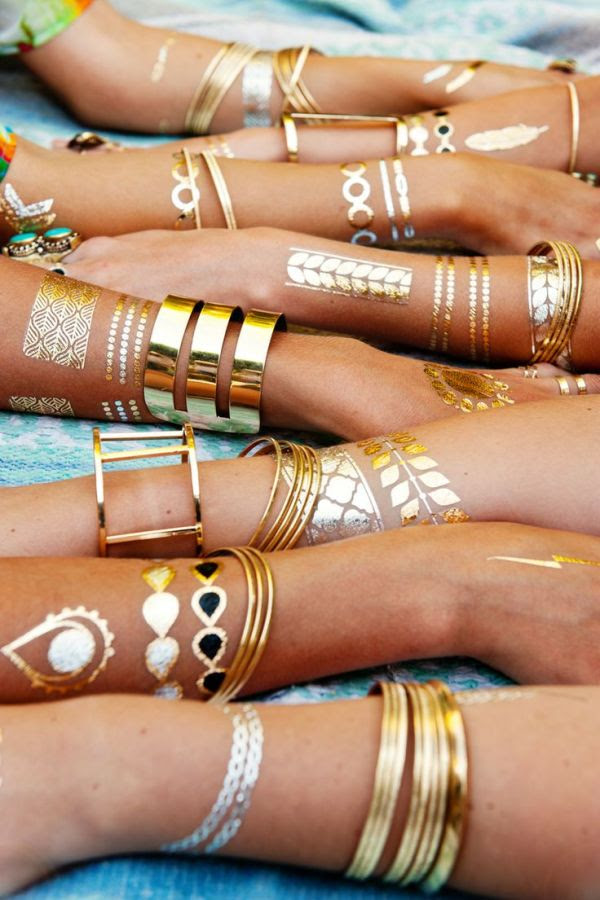 flash-tattoos-tatuagem-dourada-para-a-pele11