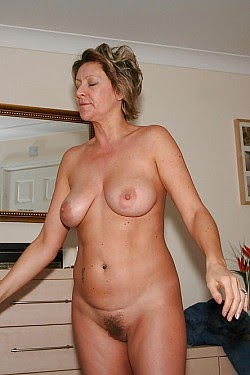 Naked Milf Next Door - Hot 12 Pics   Beautiful, Sexiest