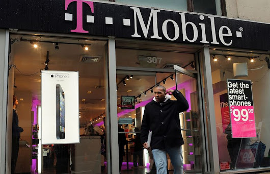 T-Mobile's ads mislead customers, complaint says