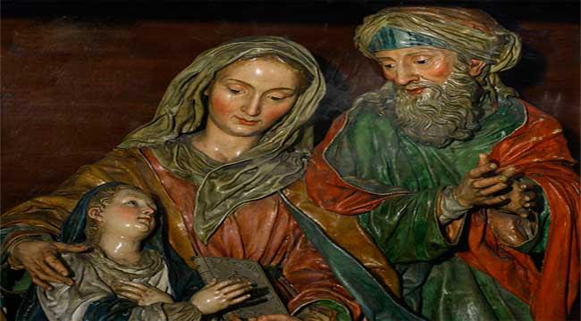 http://www.revistaecclesia.com/wp-content/uploads/2012/07/Santa-Ana-y-San-Joaqu%C3%ADn.jpg