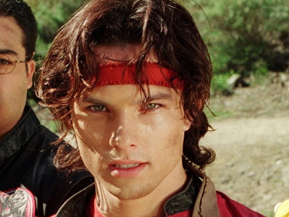 Ricardo Medina Jr. como Cole Evans em 'Power Rangers Wild Force' (Foto: Divulgação)