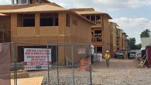 Worker falls 3 stories at Phoenix construction site