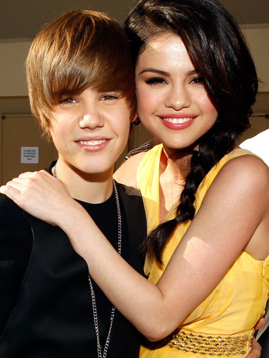 selena gomez and justin bieber beach. Justin and Selena, best known