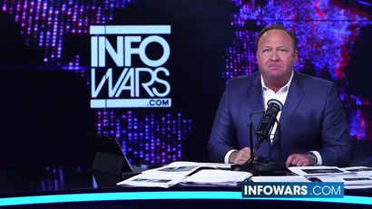 Alex Jones Is Shirtlessly Screaming Into The Void On Popular Social Network Google+ | Gizmodo Australia