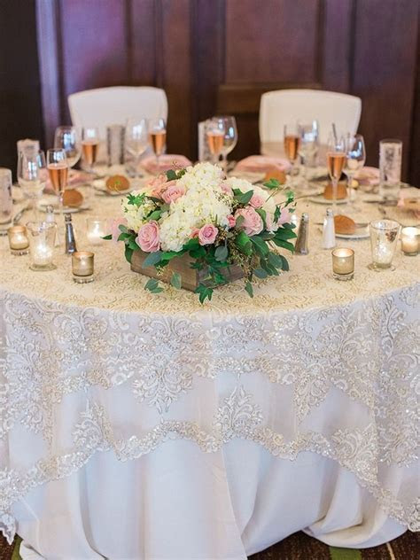 25  best ideas about Wedding table linens on Pinterest