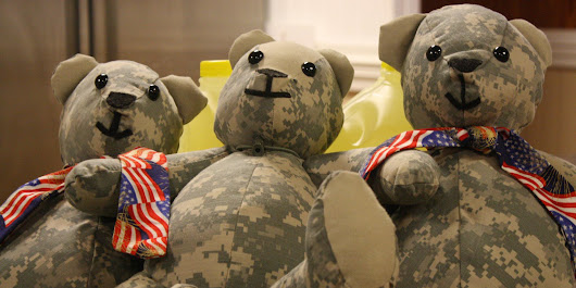 Mother Turns Fallen Soldiers' Uniforms Into Teddy Bears For The Families They Left Behind