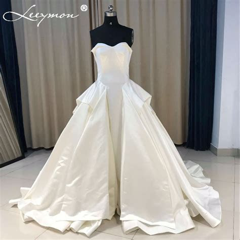 2019 Simple Satin Ball Gown Wedding Dresses Vintage Tiered