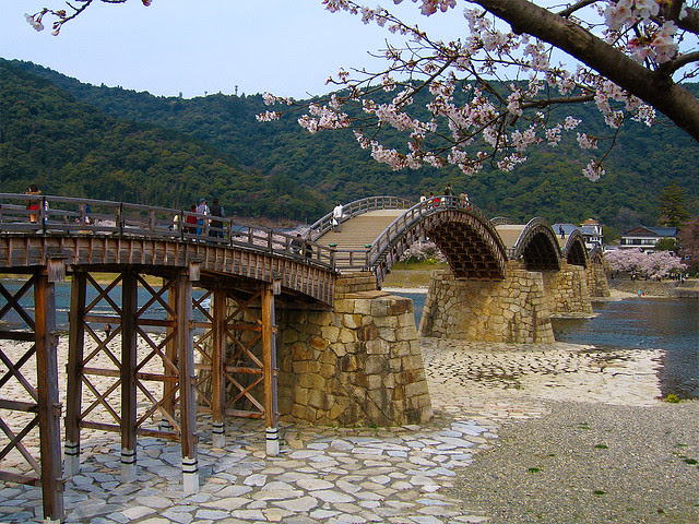 錦帯橋の桜 (Cherry Blossoms at Kintai Bridge)