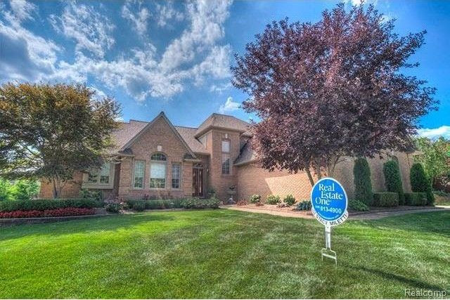 55365 Kingsway Dr, Shelby Township, MI 48316  Home For Sale and Real Estate Listing  realtor.com®