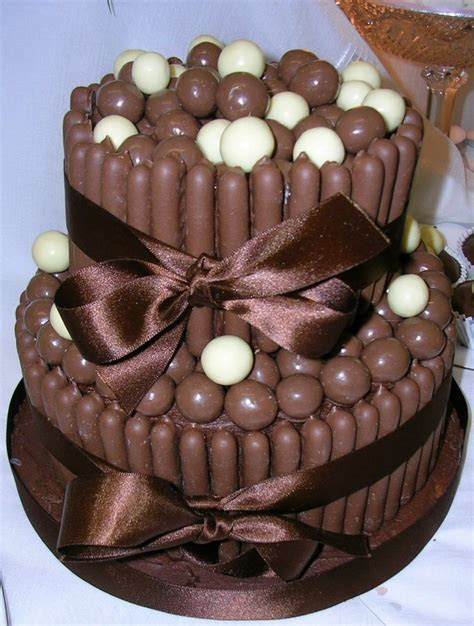 25 best images about Chocolate Bar Cakes & Cupcakes on