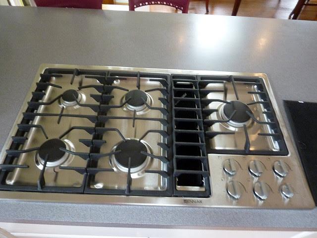 P1130777-2012-11-15-Range-Oven